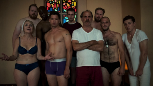 OITNB screencap - guards in their undies