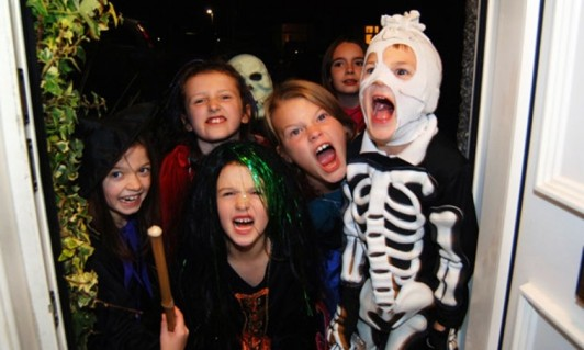 Bratty trick or treating kids at door